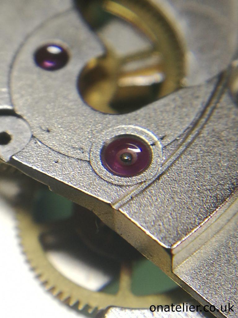Dried-up-Lubrication-ETA-2824-2