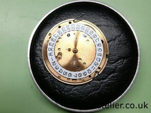 Calibre 561 Dial Side