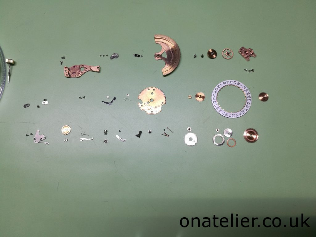 Calibre 561 Dial up disassembled