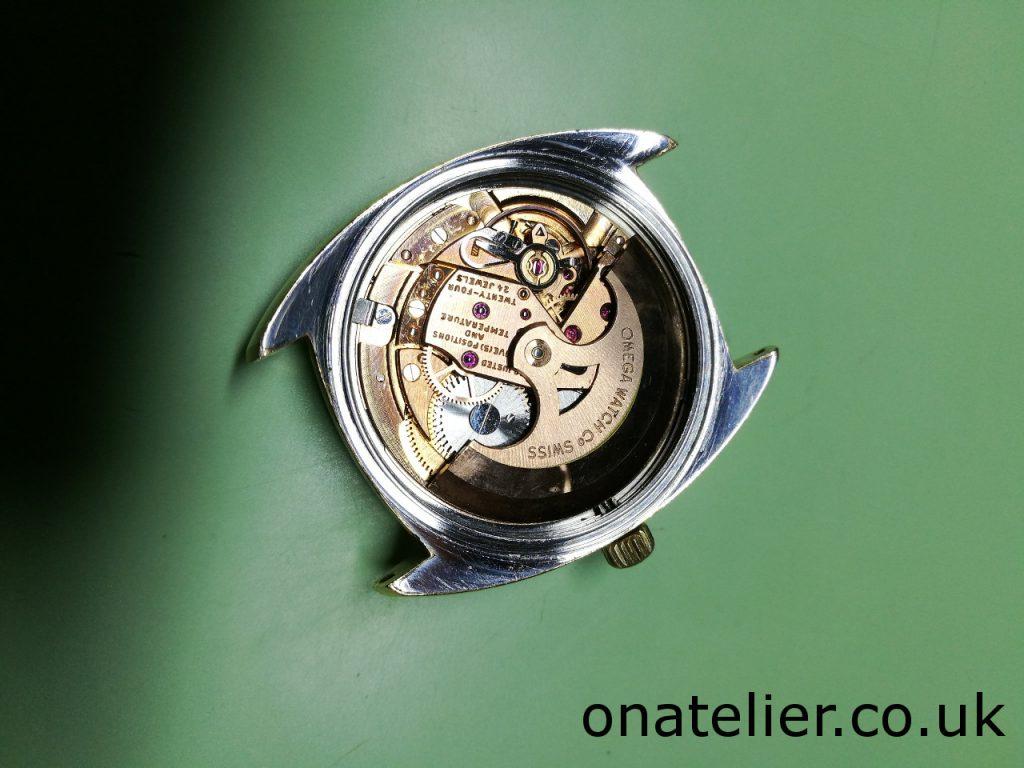 Omega Calibre 561 service